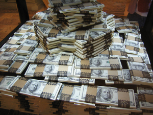 Multimillionaires